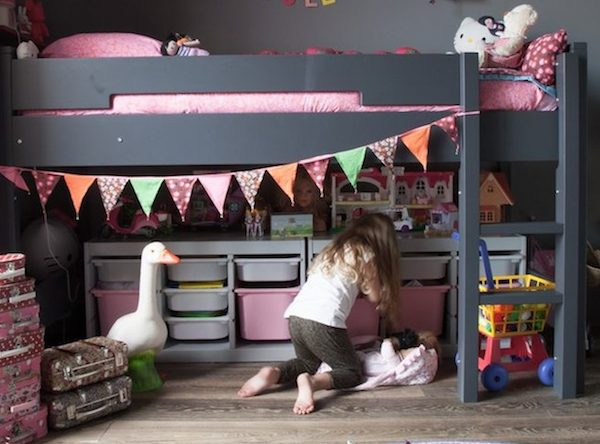 Amazing Tips and Tricks on How to Decorate Your Children's Bedroom ➤ Discover the season's newest designs and inspirations for your kids. Visit us at kidsbedroomideas.eu #KidsBedroomIdeas #KidsBedrooms #KidsBedroomDesigns @KidsBedroomBlog how to decorate your children's bedroom Amazing Tips and Tricks on How to Decorate Your Children's Bedroom Amazing Tips and Tricks on How to Decorate Your Childrens Bedroom 600x444