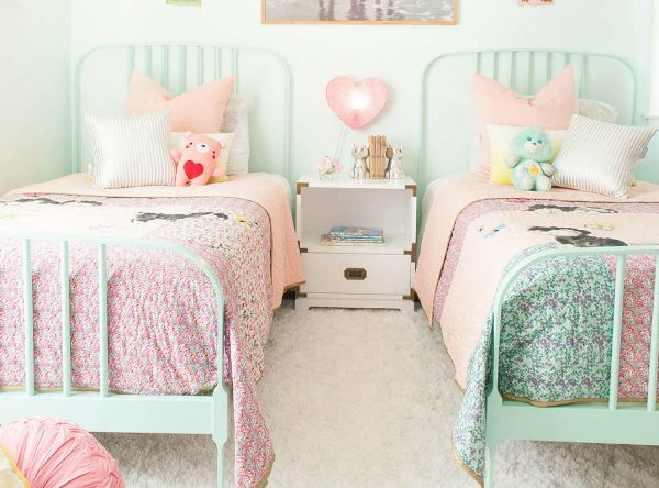 Spring Trends 2017: The Best Pastel Kids Room Ideas to Inspire You ➤ Discover the season's newest designs and inspirations for your kids. Visit us at kidsbedroomideas.eu #KidsBedroomIdeas #KidsBedrooms #KidsBedroomDesigns @KidsBedroomBlog spring trends 2019 Spring Trends 2019: The Best Pastel Kids Room Ideas to Inspire You Spring Trends 2017 The Best Pastel Kids Room Ideas to Inspire You Cover 600x444