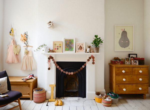 Décor Trends 2017: Check These Awesome Kids Bedroom Fireplace Ideas ➤ Discover the season's newest designs and inspirations for your kids. Visit us at www.circu.net/blog/ #KidsBedroomIdeas #CircuBlog #MagicalFurniture @CircuBlog kids bedroom fireplace ideas Décor Trends 2017: Check These Awesome Kids Bedroom Fireplace Ideas D  cor Trends 2017 Check These Awesome Kids Bedroom Fireplace Ideas Cover 600x443