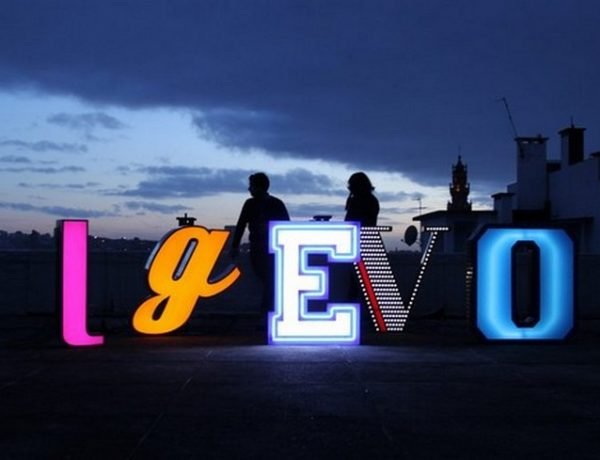 These Neon Signs Like Letters are Perfect for your Children's Bedroom Children's Bedroom These Neon Signs Like Letters are Perfect for your Children's Bedroom These Neon Signs Like Letters are Perfect for your Childrens Bedroom 4 600x460
