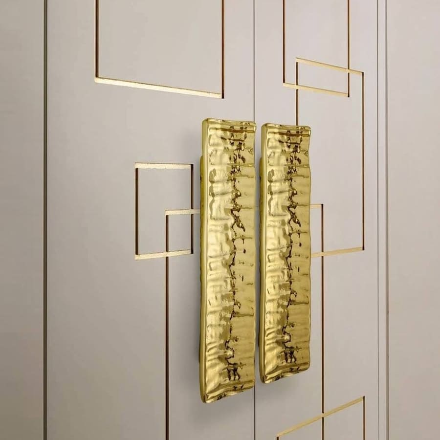 luxurious design in gold and white details