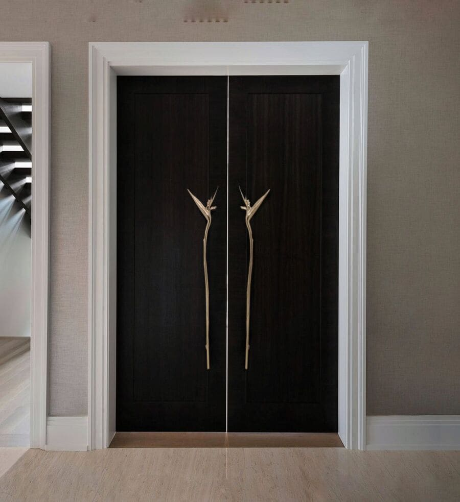 nature-inspired door handle for entering a world of design