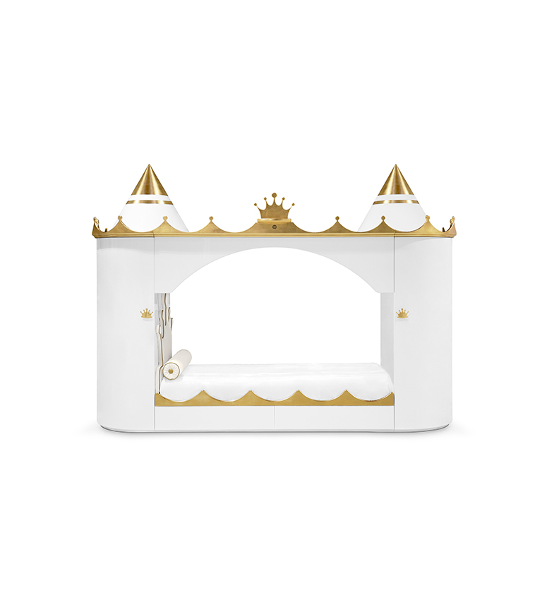 kings-and-queens-castle-circu-magical-furniture-gold-leaf-1