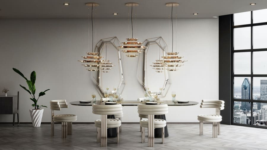 Stunning dining room, blending modern details with luxury elements.